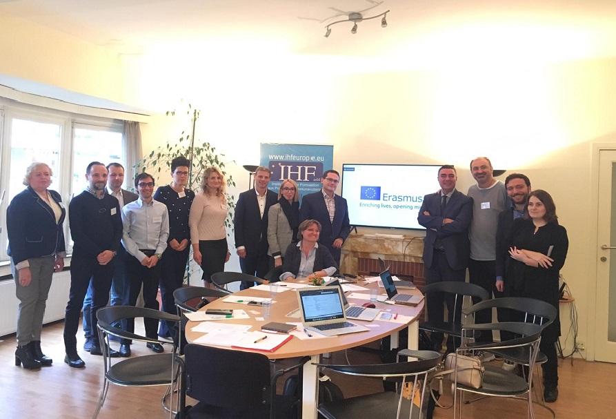 Pracownicy Instytutu Badań iAnaliz Finansowych WSIiZ wBrukseli, naspotkaniu inaugurującym projekt IDEA realizowany wramach Erasmus + Strategic Project