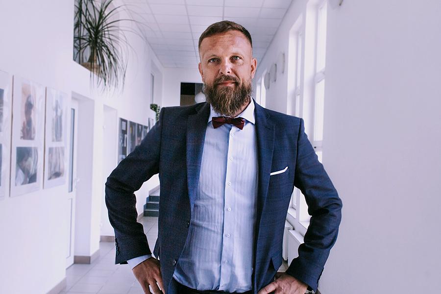 Obrona rozprawy doktorskiej mgrMariusz Surowiec